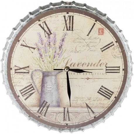 metalowy zegar o kształcie kapsla z motywem lawendy na jasnej tarczy