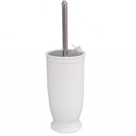 biała, ceramiczna szczotka do toalety ozdobiona małym motylkiem