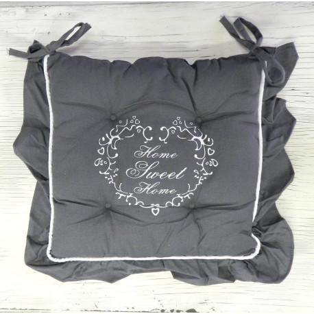 Ozdobne pikowane posudzki na krzesła z napisem 'sweet home''