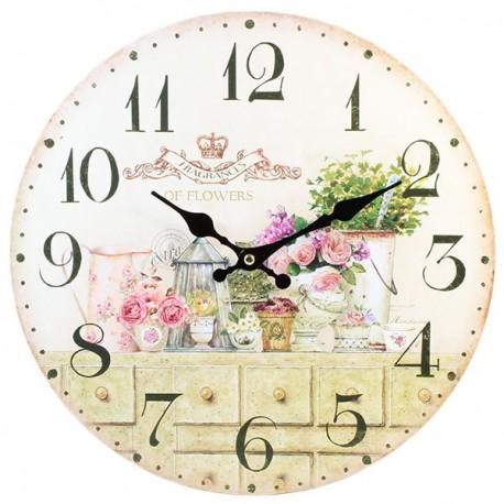 Jasny, delikatny zegar w stylu prowansalskim z motywem kwiatów