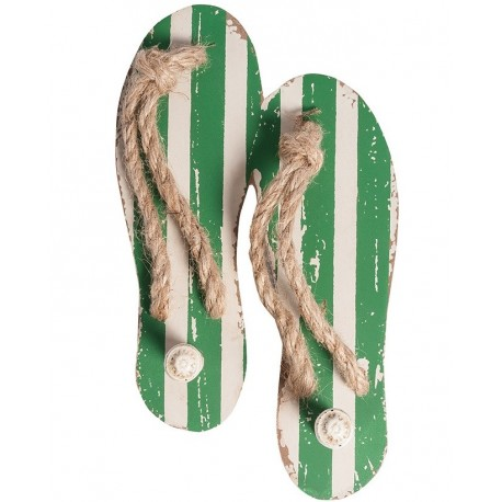 Drewniany wieszak o kształcie japonek - klapek w zielono białe pasy.