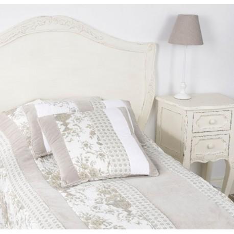 Przecierana szafka nocna w stylu francuskim