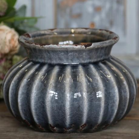 Ciemno niebieska osłonka o kształcie bombki wykonana z ceramiki