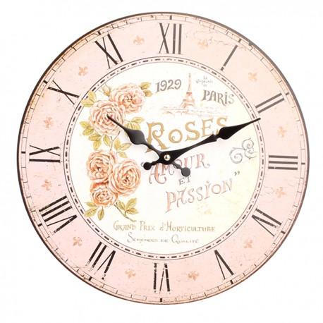 jasnoróżowy zegar w stylu prowansalskim z różami