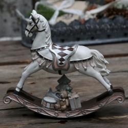 Koń Na Biegunach z Prezentami