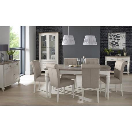 Meble w stylu prowansalskim są nacechowane romantyzmem, a ich spokojny wyraz sprawia, że robią furorę w każdej kuchni i jadalni.