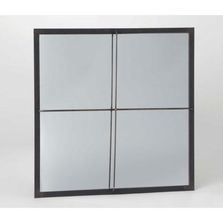 Lustro metalowe ze szprosami, dzięki którym wygląda jak metalowe okno.