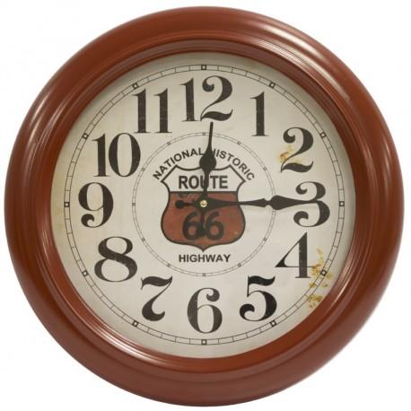 Oryginalny zegar retro z modnym motywem Route66. Rama w ciepłym kolorze ociepli każdą przestrzeń.