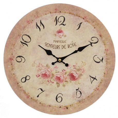 jasny zegar w stylu prowansalskim ozdobiony motywem róż