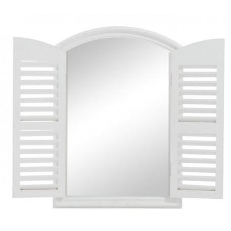 Piękne lustro w białej ramie posiadające zamykane okiennice