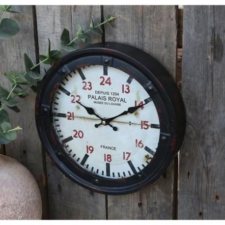 Okrągły zegar w stylu industrialny z białą tarczą i czerwonymi cyframi - odmierzy czas i ozdobi ścianę.