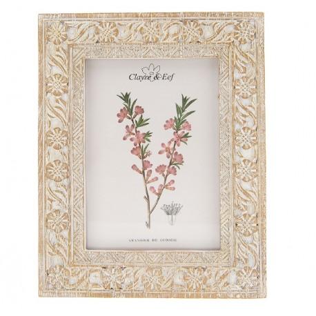 Prostokątna ramka na zdjęcie w stylu prowansalskim wyróżnia się ciekawą, drobną mozaiką.