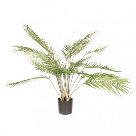 Zielona, wygladająca jak żywa - sztuczna roślina w donicy przypomina o egzitycznych wakacjach pod palmami.