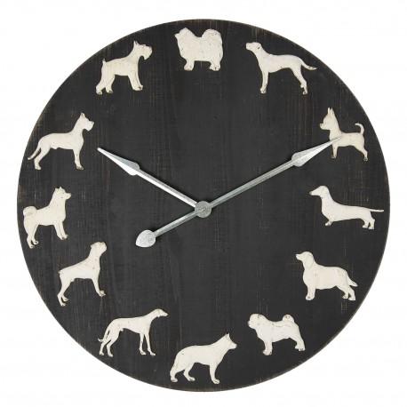 Drewniany zegar z metalowymi figurkami psów rożnej rasy, które są alternatywą dla typowego oznaczenia godzin.