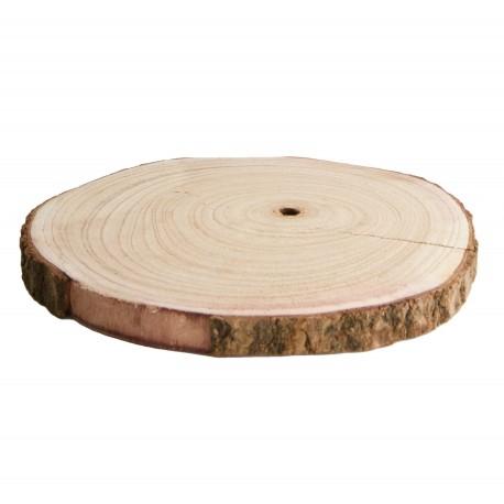 Ten plaster drewna z widocznymi słojami możesz wykorzystać jako podkładkę na stół lub tacę na sery.